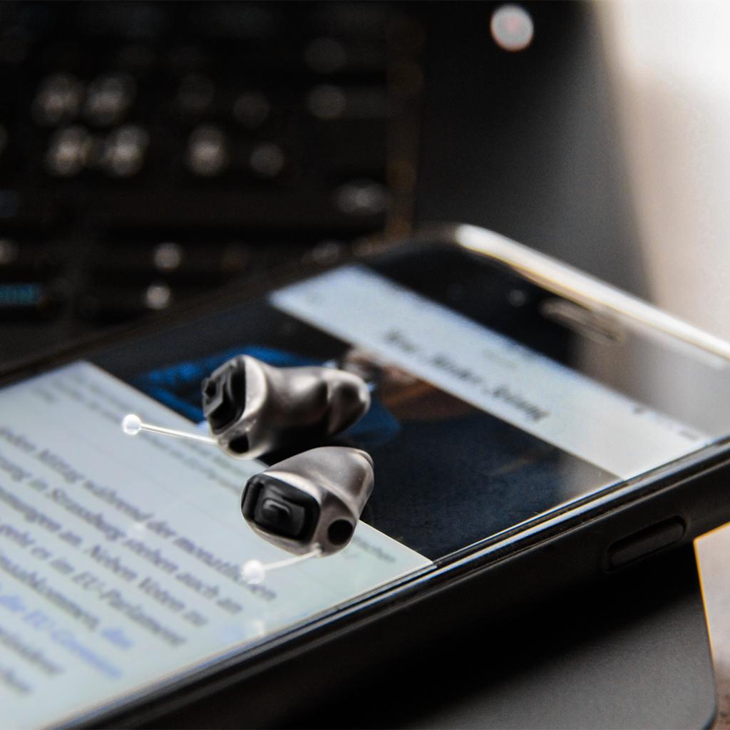 峰力史上最小3d打印钛合金耳内式助听器技术亮相